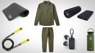 7 Easy Holiday Gift Ideas For Guys Who Work Out