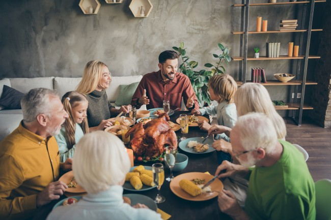 things you shouldn't discuss on thanksgiving