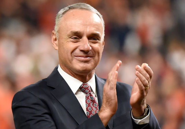rob manfred astros sign stealing punishment
