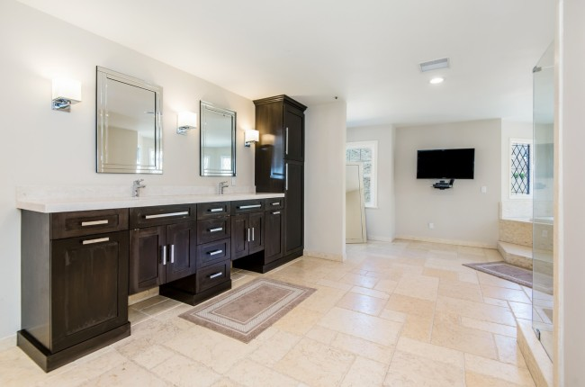 Shaquille ONeal selling home Bell Canyon Los Angeles