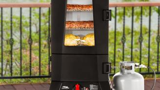 DEALS WEEK: Buy A Masterbuilt ThermoTemp XL Propane Smoker Today Only For 30% Off