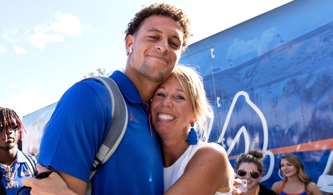 University Of Florida Coachs Wife Megan Mullen Kisses Players On The Lips