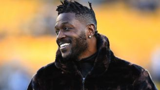 Seahawks Reportedly 'Positioned' To Sign Antonio Brown As His Suspension Comes To An End