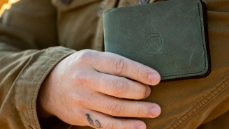 Fraser Kit Co.'s Bi-Fold 'Olive' Edition Wallet Blends Function With Fashion For Dudes Everywhere