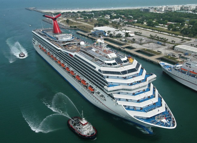 Carnival Cruise Line ships collide at the Port of Cozumel in Mexico, extensive damage to the Carnival Glory as the Carnival Legend crashed into it as the cruise accident was seen on video.