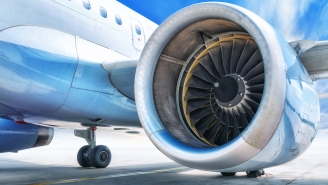 Here's Why The Front Of Engines On Airplanes Are Unpainted
