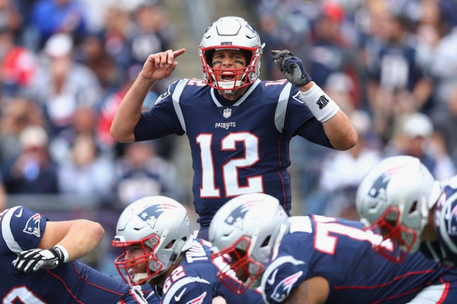 patriots offer tom brady new one year contract