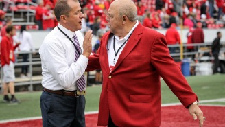 Wisconsin AD Barry Alvarez Hilariously Shooed Away His Young Grandson While Trying To Watch The Rose Bowl