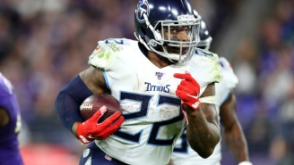 Derrick Henry Shows Off The Strength Of His Stiff Arm In Practice Drill And We May Need To Be Worried For The Chiefs' Defense