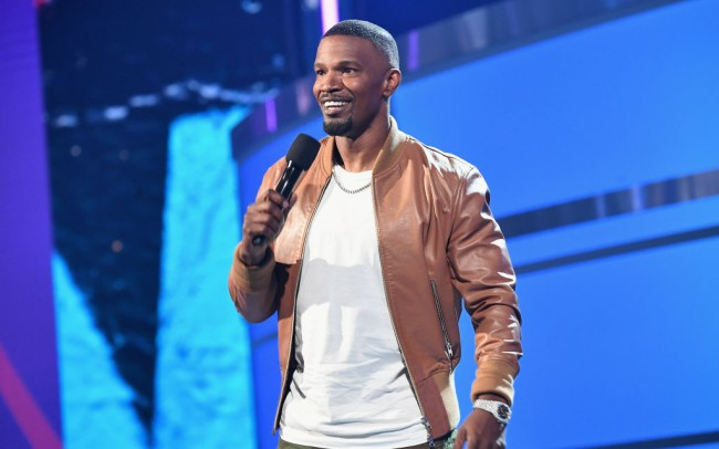 Jamie Foxx announced that he is returning to stand-up comedy and wants to go on tour with Eddie Murphy in a recent appearance on Ellen.