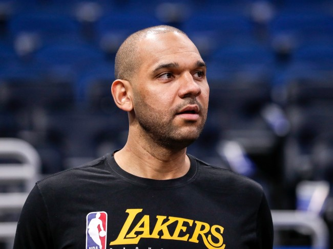 Lakers Jared Dudley claps back at a fan who tried disrespecting him for being a benchwarmer
