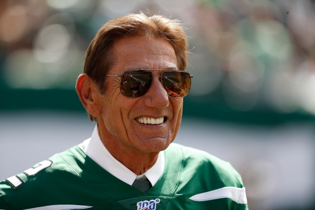 Hall of Fame quarterback Joe Namath gives advice to Tom Brady about his future with Patriots