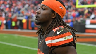 Kareem Hunt's Arrest Video Has Surfaced, And It Shows The RB Pleading With Cops From Back Of Cruiser
