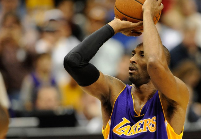 Report claims Lakers were informed about Kobe Bryant's death prior to the public knowing