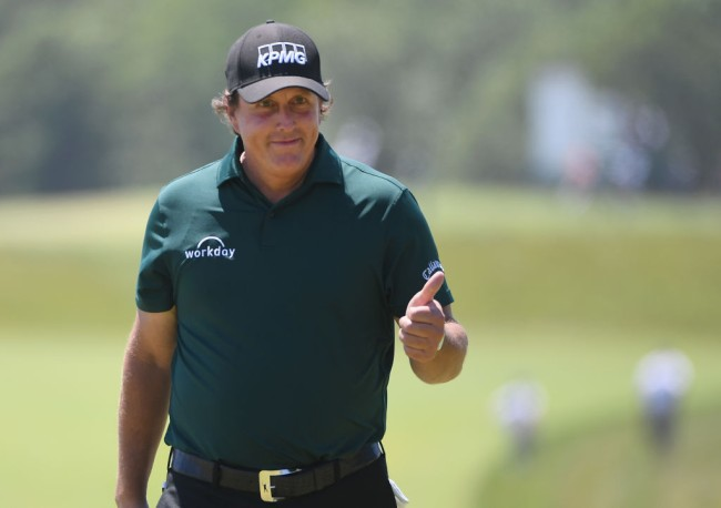phil mickelson traffic jam helicopter