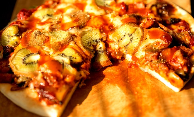 The Internet Is Grossed Out By A Restaurant That Serves Kiwi On Pizza