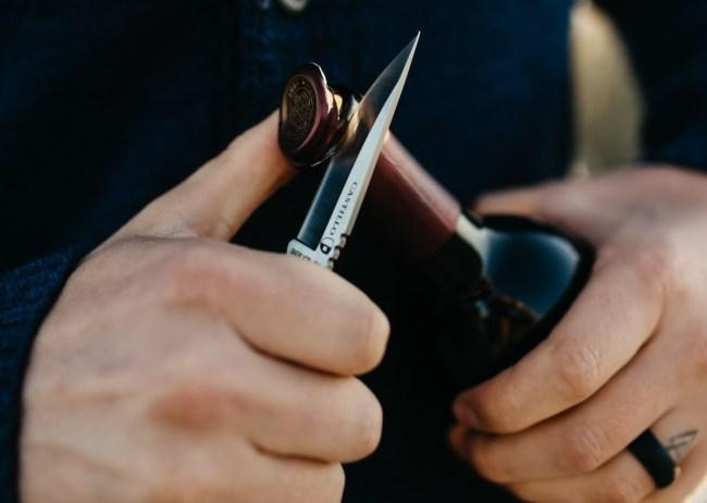 Castillo Knives everyday carry pocket knife The Navaja curly wood handle