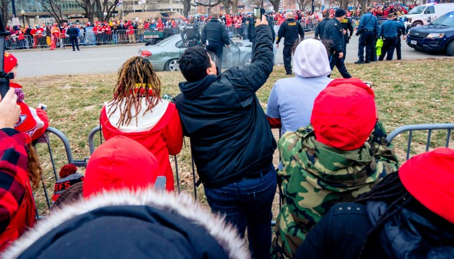 Chiefs Victory Parade Was Out Of Control With Mahomes Kelce Beer