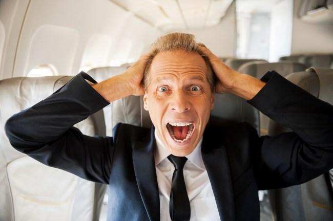 Man on flight stands up and tells all passengers he has coronavirus