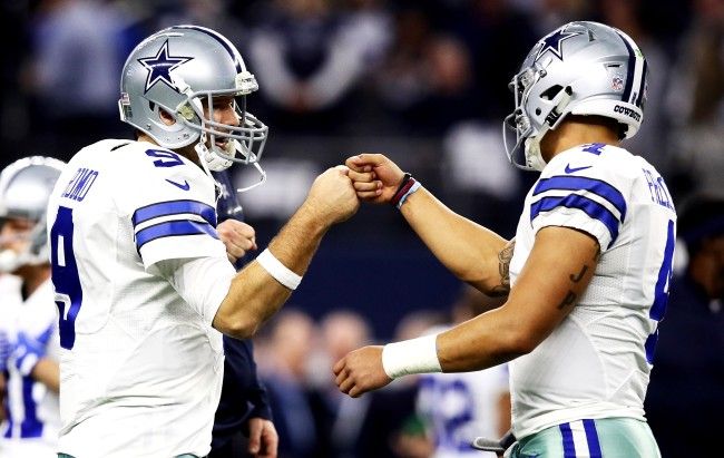 Dallas Cowboys Fans Are Fighting Over Best QBs In Franchise History