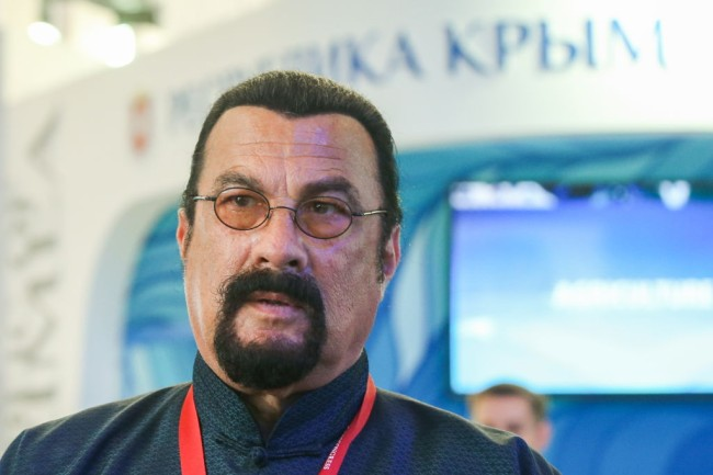 The Securities and Exchange Commission (SEC) said it settled previously undisclosed charges against movie actor Steven Seagal for failing to disclose he was being paid as he touted an investment in an initial coin offering.