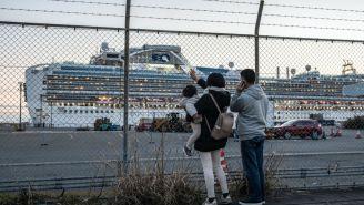 Coronavirus Cruise Ship Has 542 Confirmed Cases, 328 Passengers Taken To US, Outbreak Expert: 'Quarantine Hasn't Worked'