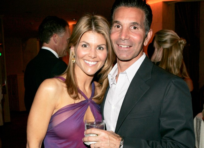 Lori Loughlin Reportedly Planning A Big Pre-Prison Party If Convicted