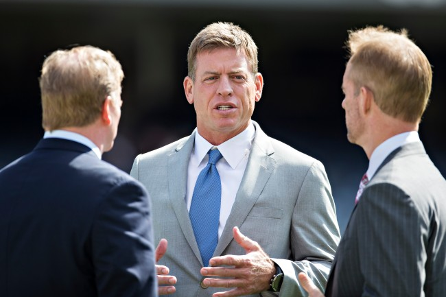 Chiefs fans are roasting Troy Aikman after his old tweet about Patrick Mahomes resurfaces