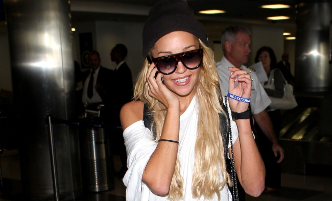 Amanda Bynes Called Off Her Engagement After Only Three Weeks