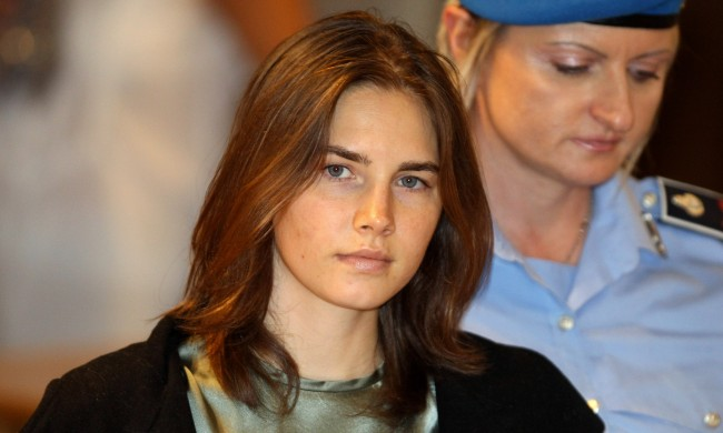 Amanda Knox Got Married After Begging For Donations To Pay For Wedding