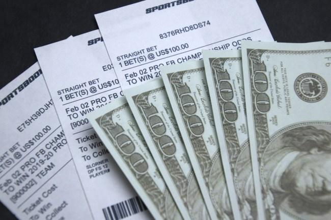 gambler wins 45000 tom brady buccaneers