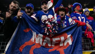 The Mayor Of Buffalo Had To Remind Bills Mafia To Cap Parties At 10 People If They Want To Celebrate Tom Brady Leaving The Patriots