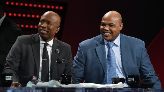 Let's Revisit The Time Charles Barkley Kissed Kenny Smith's 'Ass' In Front Of Jesse Ventura After A Weird Bet