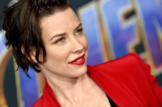 Evangeline Lilly Wont Self-Quarantine Thinks Freedom More Important