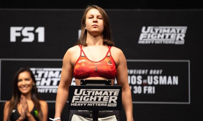 Julija Stoliarenko Wins Invicta Title In Bloody Battle Vs Lisa Verzosa