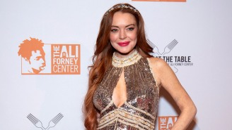 Lindsay Lohan Announces 'I'm Back' With Bizarre Clip-Filled Video And Fan Reaction Was Insane