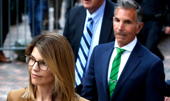 Counselor Says He Was Berated By Lori Loughlins Husband Over Rowing