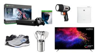 Daily Deals: Running Shoes, Kitchen Essentials, Xbox Ones, Ray-Ban Sunglasses Sale And More!