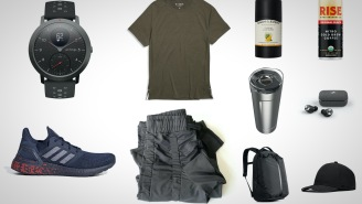 10 Everyday Carry Essentials For Warming Up, Working Out, And Cooling Down