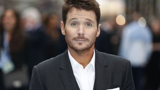 Kevin Connolly Gets Called Out For His Lack Of Attention To Detail In The Series Finale Of 'Entourage' And Immediately Defends Himself In An Epic Way