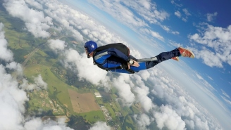 Skydiving Footage Shows A Guy Saving His Friend's Life After The Man Was Knocked Out By A Flying Knee At 200 MPH