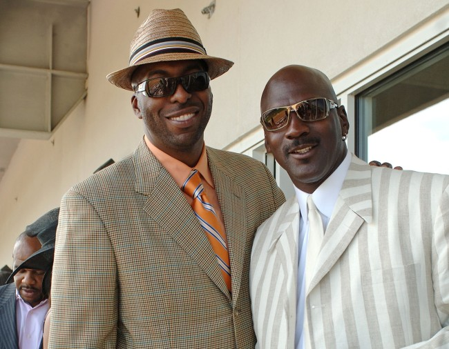 Former Pistons player John Salley described the time Michael Jordan's former teammate, Charles Oakley, punched him at the Kentucky Derby for busting MJ's chops