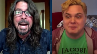 Dave Grohl And Jimmy Kimmel Surprise An NYC Nurse With $10K And An Acoustic Performance Of 'Everlong'