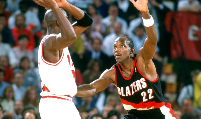 Clyde Drexler Fires Back At Michael Jordan After Last Dance Comments