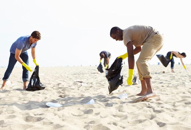 Florida Cocoa Beach Trash problem