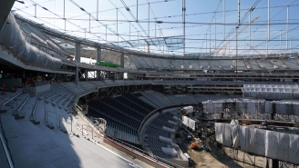 Check Out The Beautiful 120-Yard, 2.2 Million Pound 'Oculus' Scoreboard Being Tested In The Rams, Chargers New Stadium