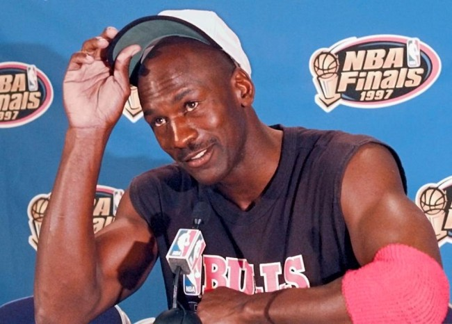 """Michael Jordan's longtime trainer, Tim Grover, details what happened prior to the infamous """"flu game"""""""