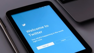 Twitter's Testing A New Feature That Will Attempt To Censor Vulgarity In Your Tweets
