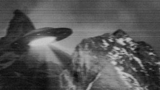 UFO Entering A 'Secret Alien Base' In Oregon's Mount Hood Caught On Video By Airplane Pilot
