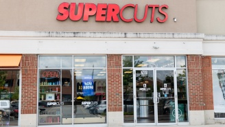 Video Shows Man Beating Up A Racist For Repeatedly Using The N-Word Inside Of A Supercuts